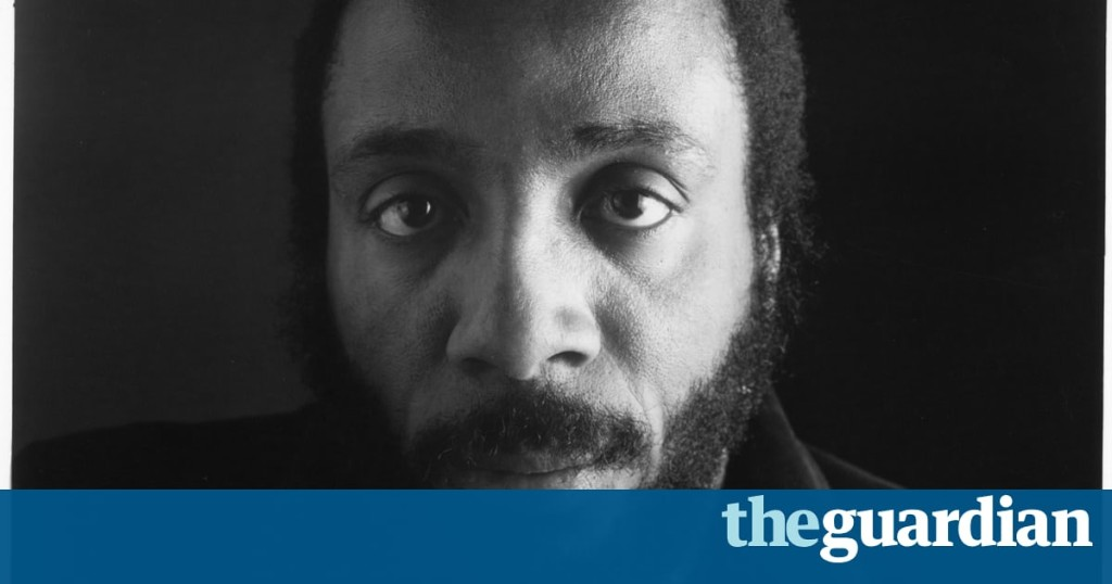Dick Gregory, pioneering US comedian and activist, dies aged 84
